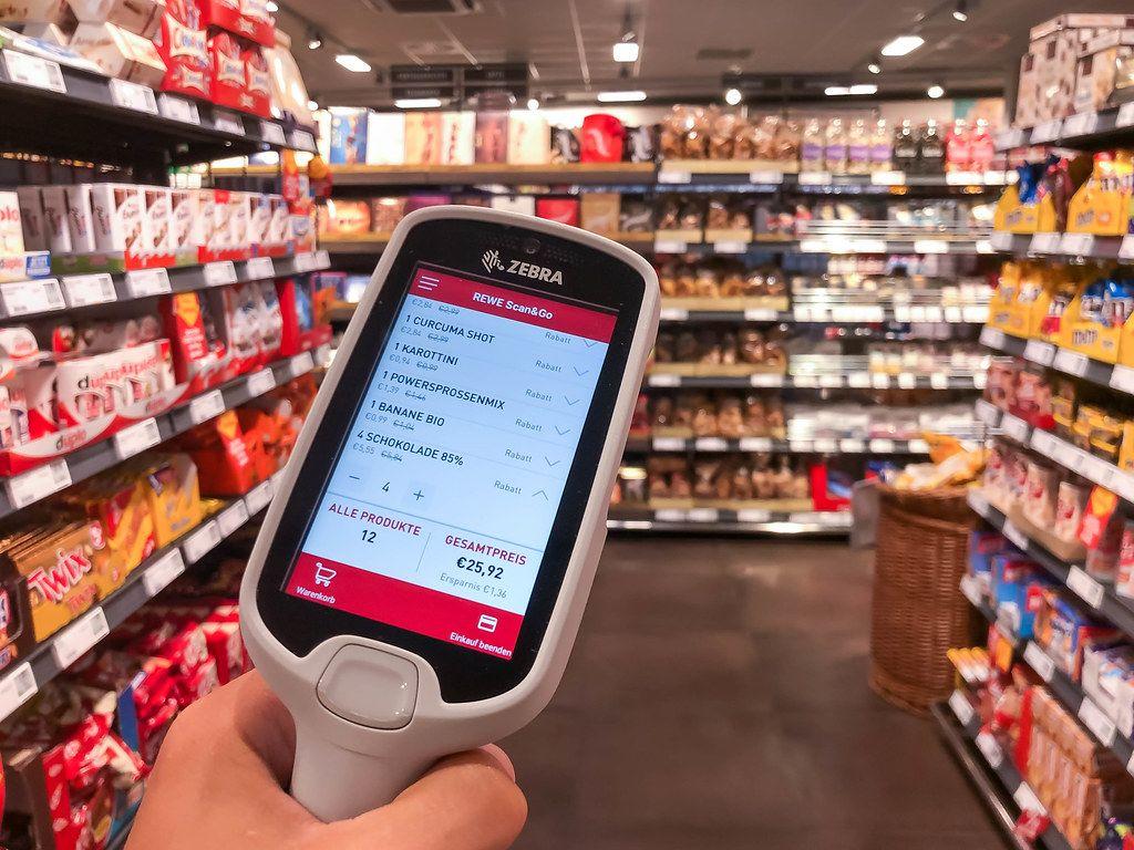 Rewe Scan&Go: die Liste von den Produkten im Warenkorb wird auf dem Scanner-Display angezeigt