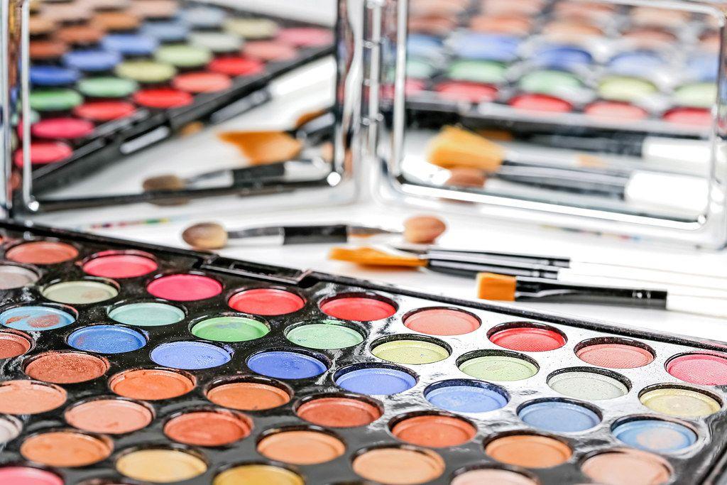 Set of eyeshadows and brushes - cosmetics for eyes