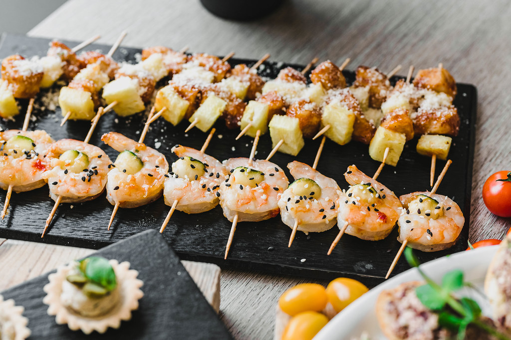 Shrimp canapes With Mango, Avocado And Sauce