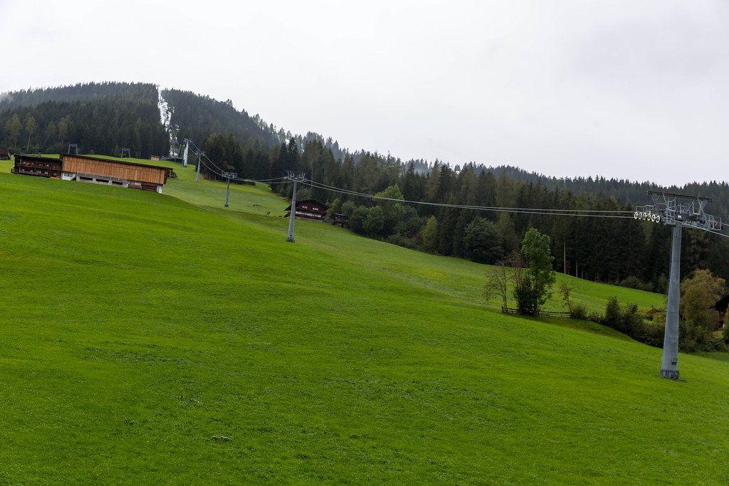 Skigebiet Alpbachtal Wildschönau: die 8er-Gondel führt von Inneralpbach auf das Wiedersbergerhorn