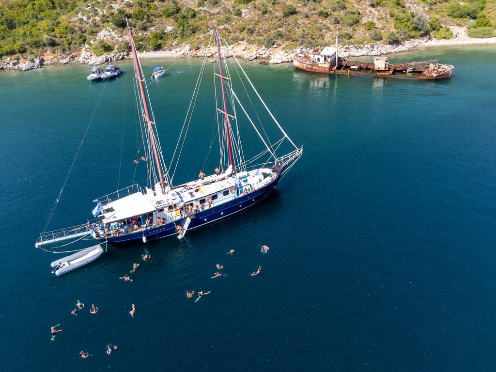 Sommer 2021 in Griechenland: Segeltour zum Schiffswrack Peristera im Meeresnationalpark Alonnisos