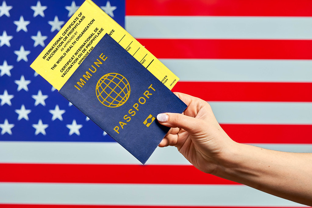 traveling to US with vaccine passport and International certificate of vaccination