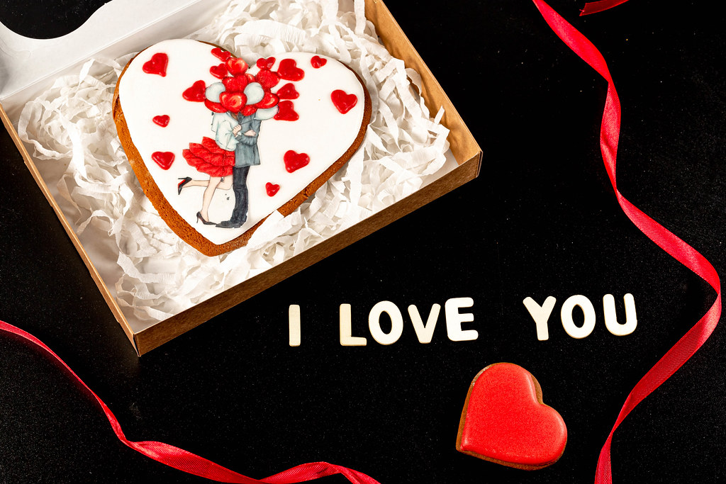 Valentine's day greeting card with gingerbread and words - I love you