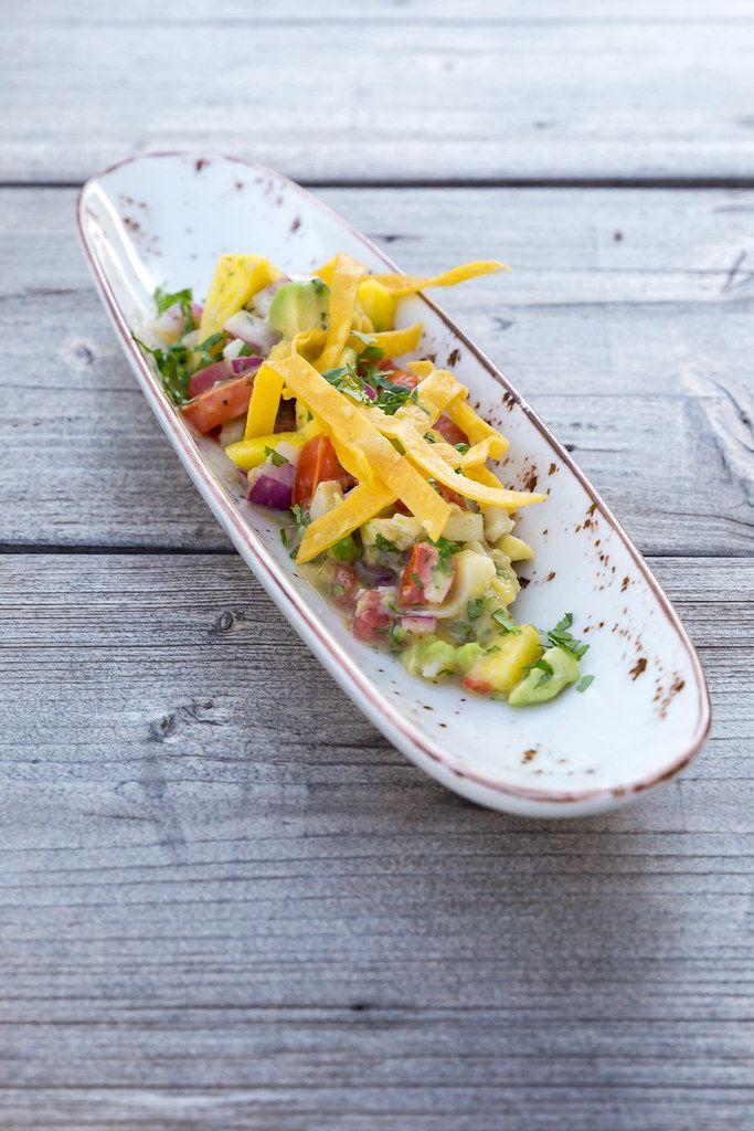 Villa Vegana's vegan Mexican food in Selva on Mallorca: ceviche with mango, avocado and tomato