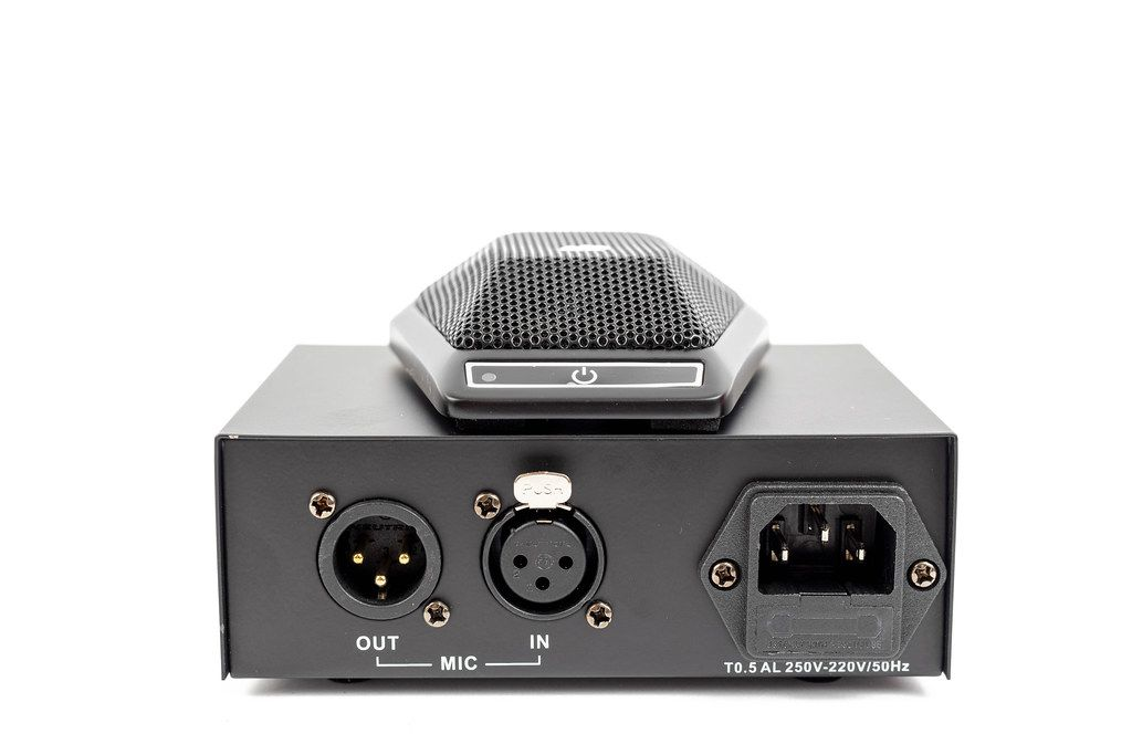 Vocal Microphone Phantom Power box with Mic Inputs