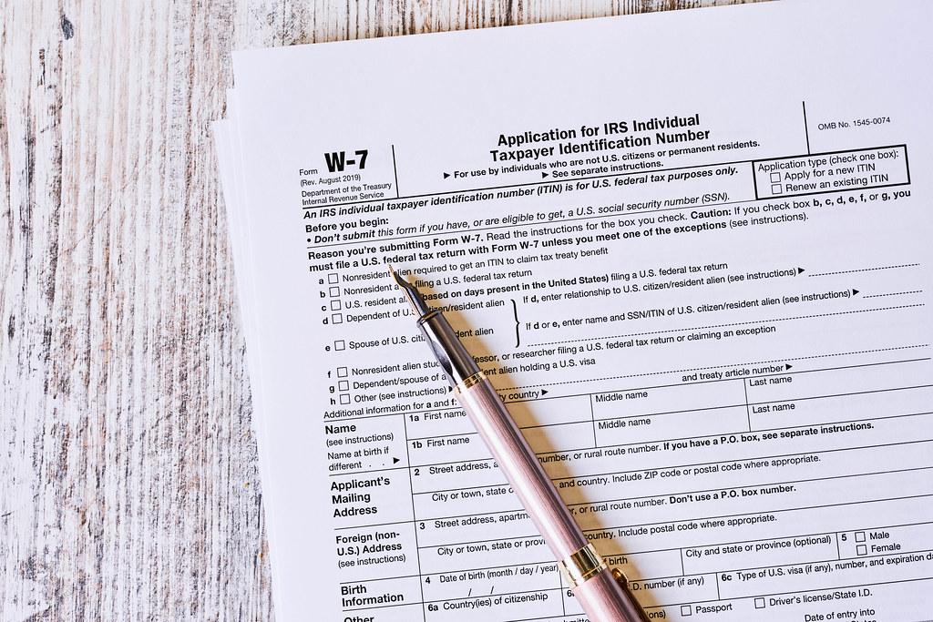W-7 tax form