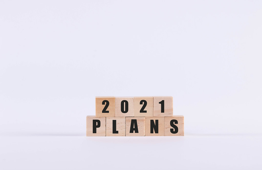 Wooden cubes with 2021 Plans text
