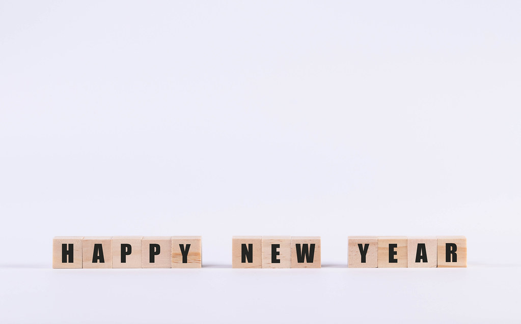 Wooden cubes with Happy New Year text