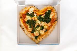#SupportYourLocal Pizzeria in Köln: Lachs-Pizza mit Spinat zum Mitnehmen
