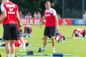 1. FC Köln Spieler Artjoms Rudnevs beim Training