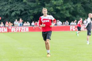 1. FC Köln Spieler Brady Scott beim Training