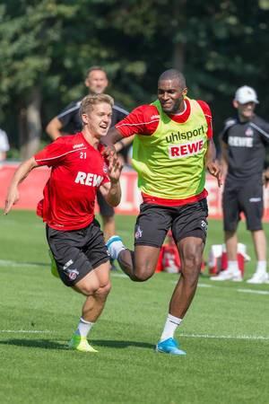 1. FC Köln Spieler haben Spaß beim Mannschaftstraining zwischen den Bundesligaspielen