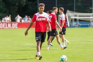 1. FC Köln Spieler Nikolas Nartey beim Training
