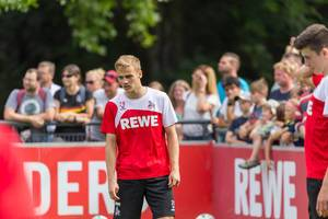 1. FC Köln Spieler Tim Handwerker beim Training