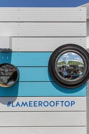 180 Grad Spiegel in der Lamee Rooftop Bar in Wien