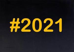 2021 written on chalkboard