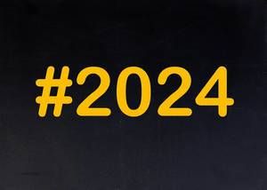 2024 written on chalkboard