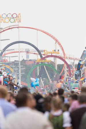 Achterbahn Olympia Looping - Oktoberfest 2017