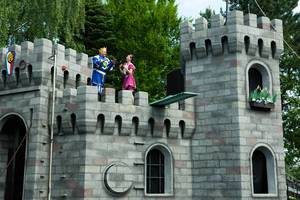 Actors performing in a Legoland show