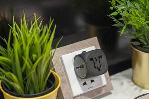 Adam Elements OMNIA TA502 Travel Adapter at IFA Berlin 2018