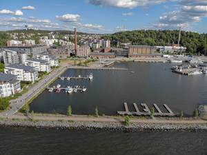 Aerial view of the harbour district in Lahti, with motorboats and yachts on Lake Vesijärvi, next to triathlon course of the Ironman 70.3 in Finland