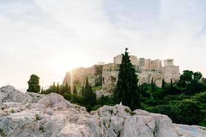 Akropolis-Festung auf der Spitze des Hügels