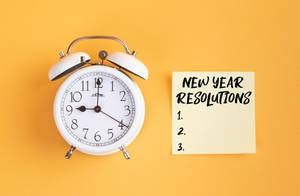 Alarm clock with New Years Resolutions List
