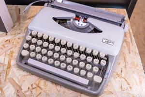 Alte Vintage Schreibemaschine an Photokina in Köln