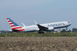 American Airlines startet vom Flughafen Amsterdam-Schiphol