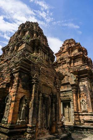 Ancient Tombs in Cambodgia