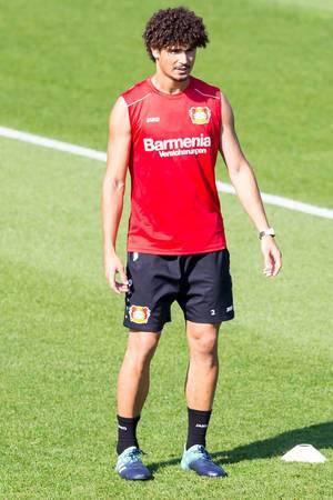 André Ramalho beim Training - Bayer 04 Leverkusen