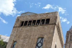 Antoni Gaudi Ausstellungszentrum am Placa Nova im gotischen Viertel von Barcelon, Spanien