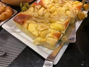 Apfelkuchen am Büfett