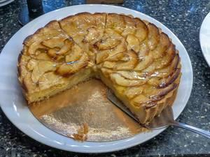 Apfelkuchen mit Apfelstücken
