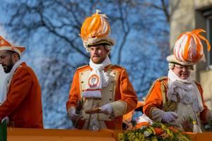 Appelsinefunke beim Rosenmontagszug - Kölner Karneval 2018