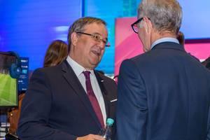 Armin Laschet (Ministerpräsident NRW)  im Gespräch auf der Gamescom 2018