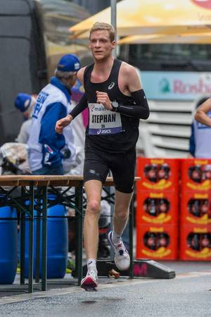 ASICS Frontrunner Stephan Listabarth knackt die Olympianorm
