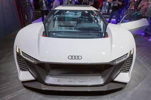 Audi e-Tron Urban, Frontansicht des Ausstellungsfahrzeugs auf der IAA