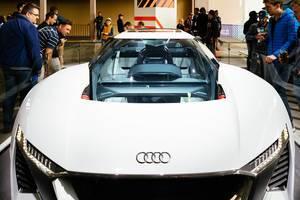 Audi PB18 E-TRON als elektrisches KONZEPT-Auto