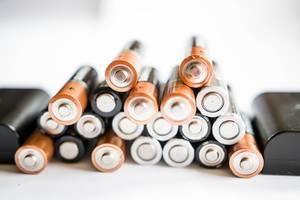 Aufgestapelte Batterien