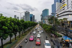 Aufnahme des Verkehrs in Bangkok