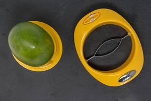 Aufsicht von Mango mit gelbem Entsteiner