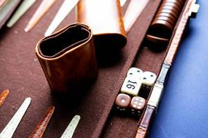 Backgammon dice and doubling cube