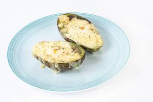 Baked Avocado with eggs and grated cheese (Flip 2019)