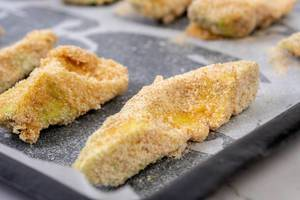 Baking Avocado with Eggs in Flour (Flip 2019)