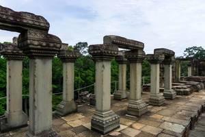 Baphuon Tempel in Siem Reap - Steintore