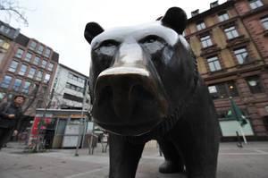 Bär symbolisiert den Bärenmarkt - Börse Frankfurt