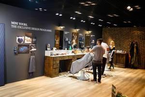Barbershop von Mini Cooper bei der IAA 2017 in Frankfurt am Main
