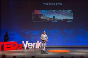 Bart Verlegh eröffnet das TEDxVenlo Event 2018