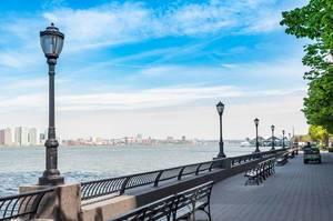 Battery Park: The Esplanade